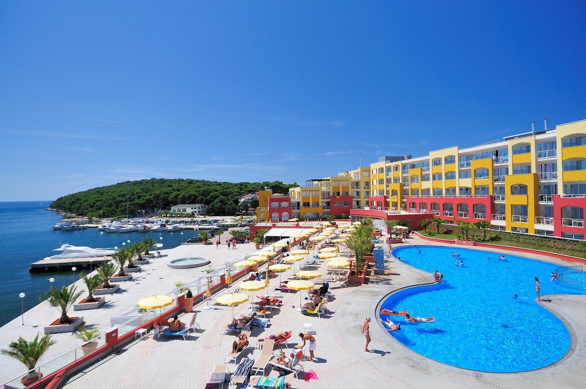 Sterne Hotel Resort Centinera Bewertung